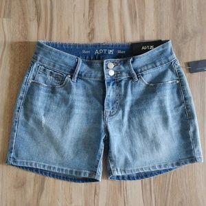 New APT 9 Distressed Mid Thigh Denim Jeans Shorts